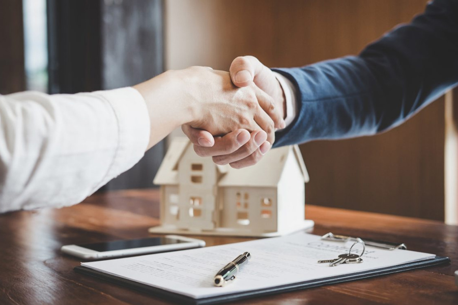 Real Estate Contracts and Agreements – Reserved Legal Activity for Practicing Lawyers